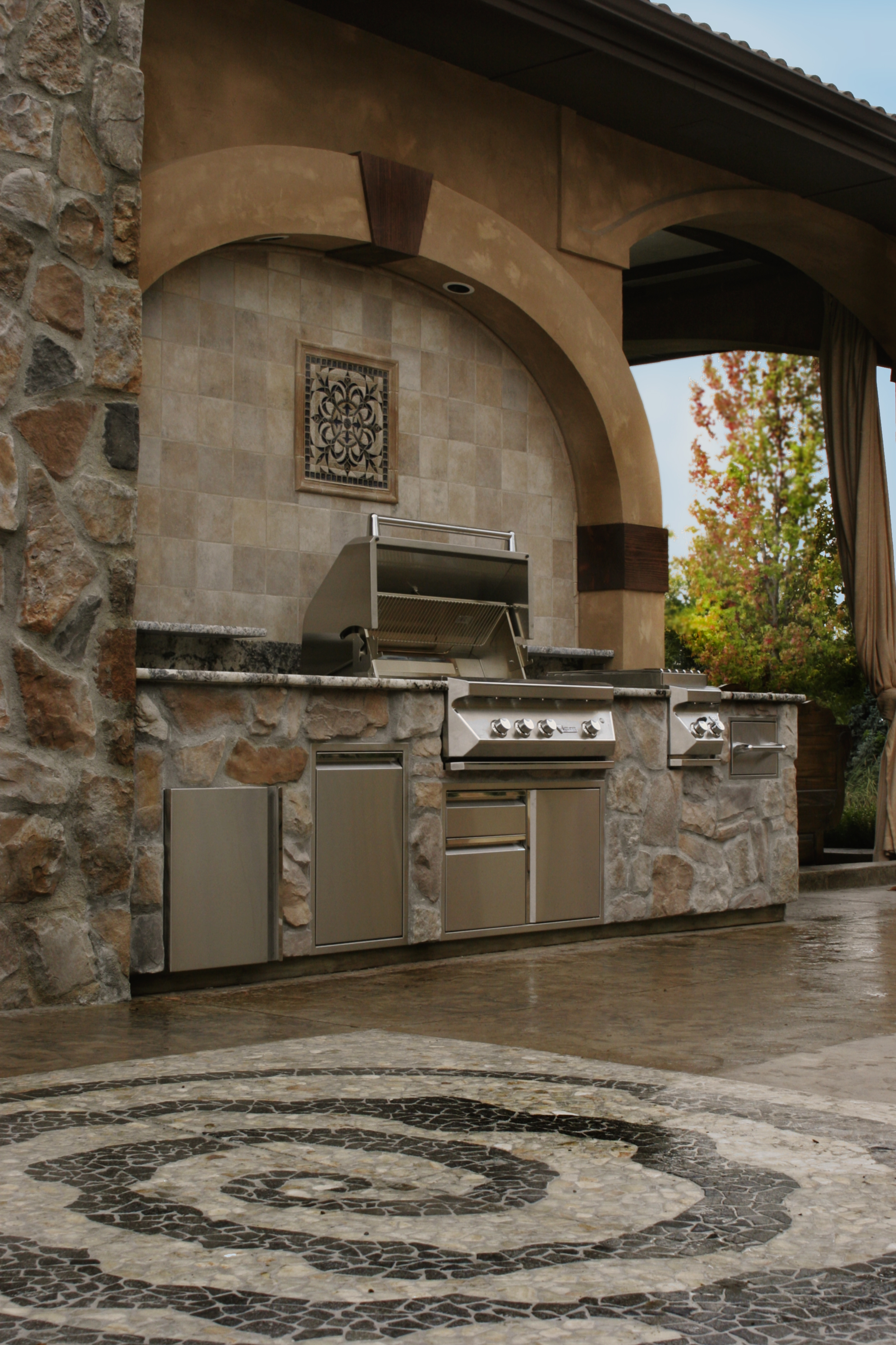 Custom Outdoor Kitchen Traditional Style